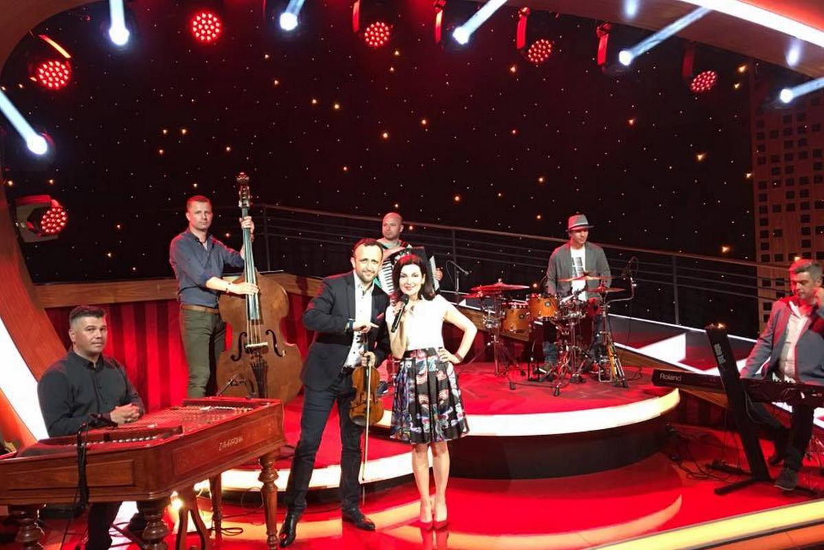 TV vystúpenie so skupinou Kandráčovci 2016